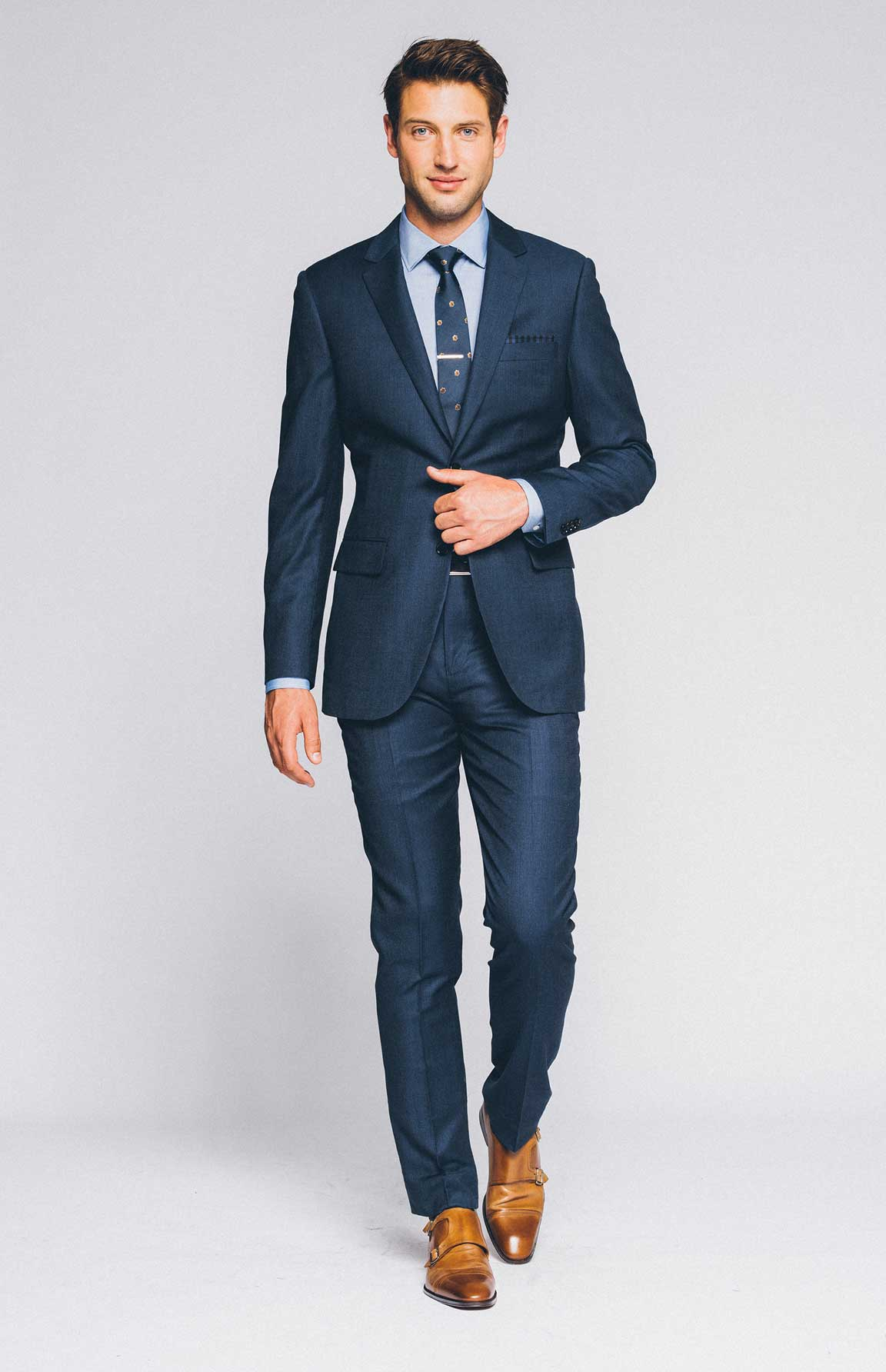 Dress to Impress: What to Wear on a First Date | Indochino Blog